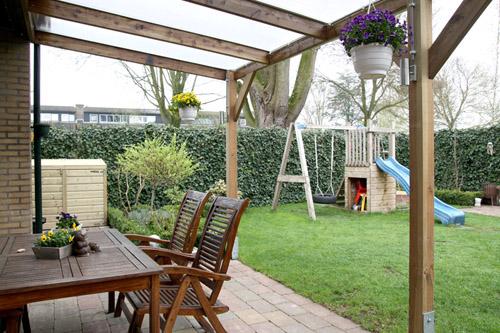 Gluren in de tuin van Sander Lamme van hoveniersbedrijf H. Lamme & Zn Groenprojekten