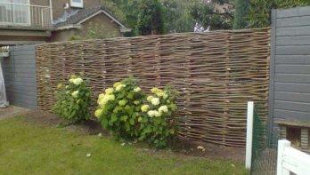 Een natuurlijke & duurzame tuinschutting voor elke tuin