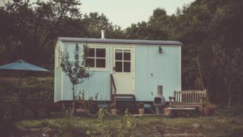 Een tiny house als B&B in de tuin